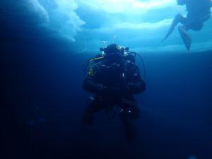 Spécialité plongée sous glace